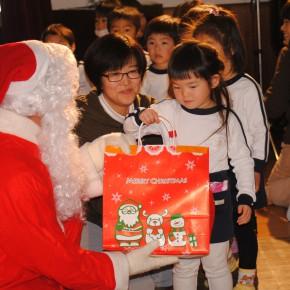 サンタさんが来てくれたよ!!
